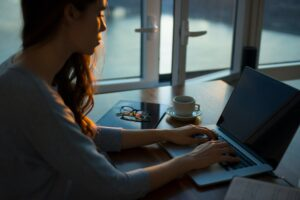 Facilitating Learning Online (FLO) - Synchronous